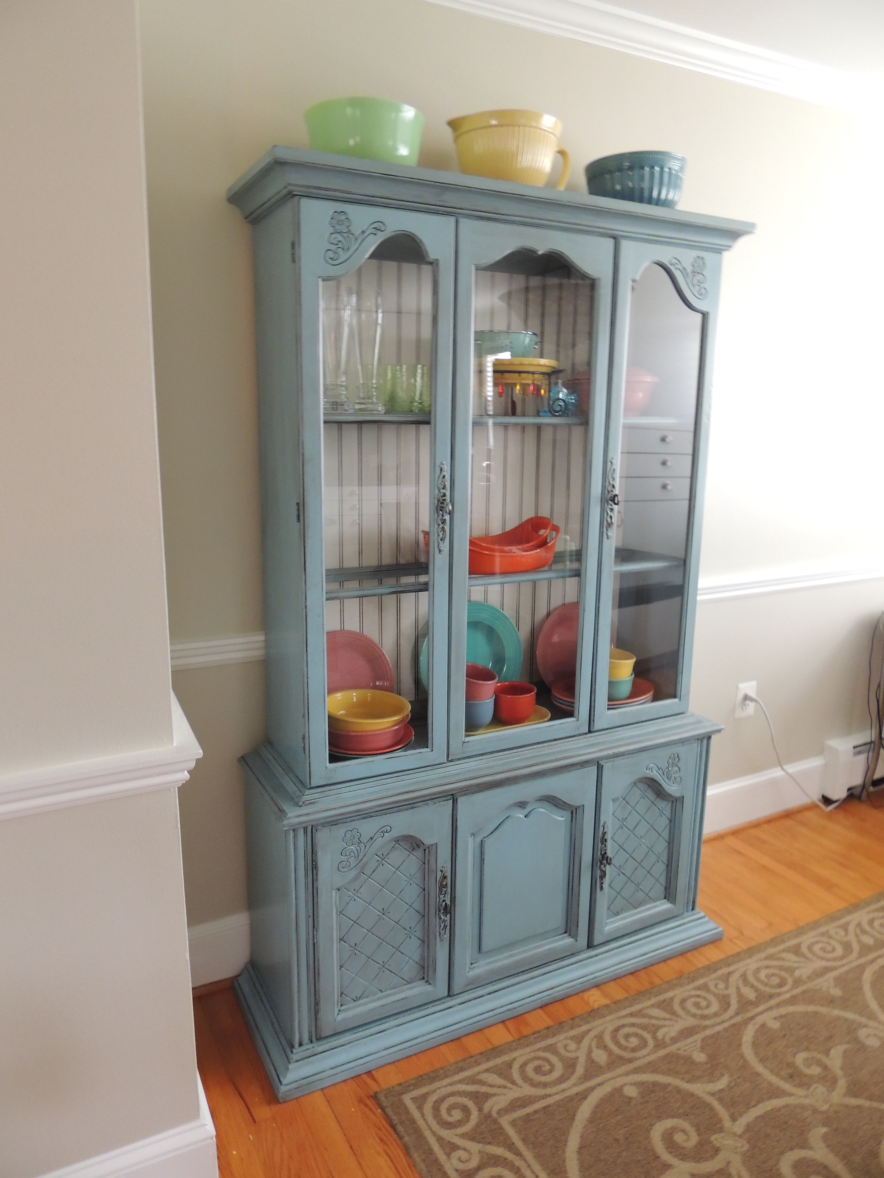 Dish Display Cabinet China Cabinets Thegreendresser